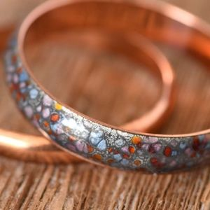 Jewelry - Beautiful Rose gold color bangles with acrylic
